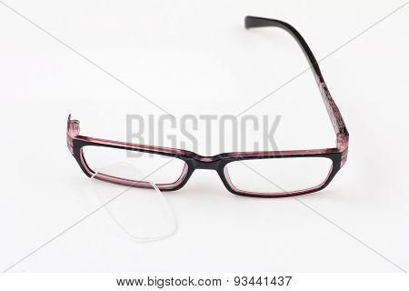 Broken Glasses One Leg