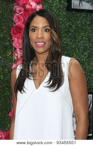 LOS ANGELES - JUN 13:  Kim Lewis at the LadyLike Foundation 7th Annual Women Of Excellence Scholarship Luncheon at the Luxe Hotel on June 13, 2015 in Los Angeles, CA