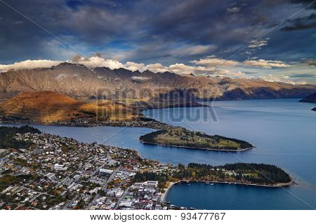 View of Queenstown, Wakatipu Lake and Remarkables Mountains, New Zealand