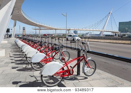 Rental Bikes In Zaragoza, Spain