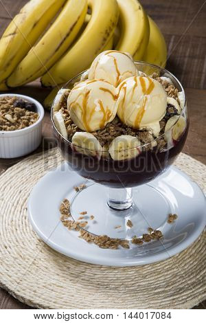 Acai Bowl With Ice Cream And Banana