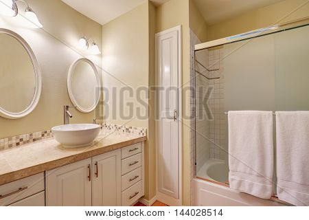 Classic Design Of Bathroom Interior