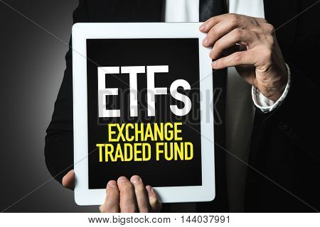 ETFs (Exchange Traded Fund)