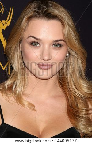 LOS ANGELES - AUG 24:  Hunter King at the Daytime TV Celebrates Emmy Season  at the Television Academy - Saban Media Center on August 24, 2016 in North Hollywood, CA
