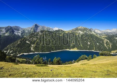 Lac D'oule During A Sunny Day, Saint Lary Soulan