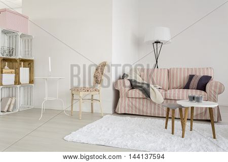 A Little Bit Of Creativity In Simple Living Room