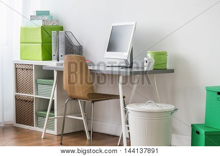 Well-ordered Learning Space Of A Modern Teenager's Room
