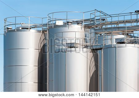 Stainless Steel Silos.