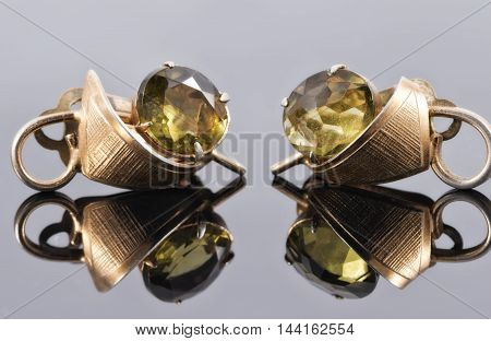 Old Gold Earrings With Green Stones