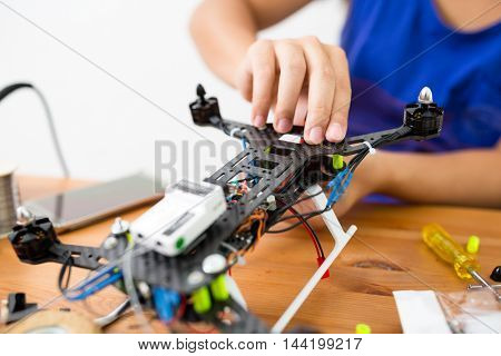 Building of flying drone
