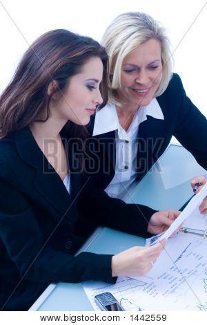 Geschäftsleute bei der Arbeit