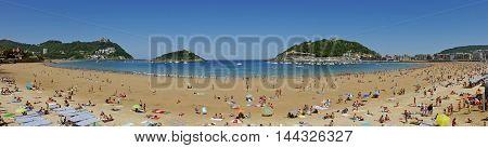 La Concha Beach. Donostia-San Sebastian. Basque Country. Gipuzkoa. SPAIN.