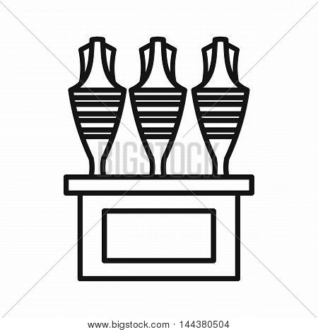 Egyptian vases icon in outline style on a white background