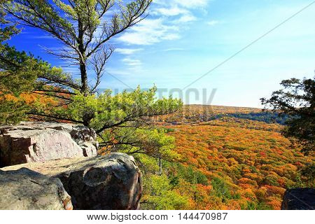 Autumn foliage on hiking trails at Devil's Lake State Park, Wisconsin