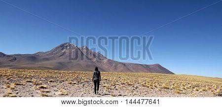 walking alone, deserto do atacama, challenge, desafios
