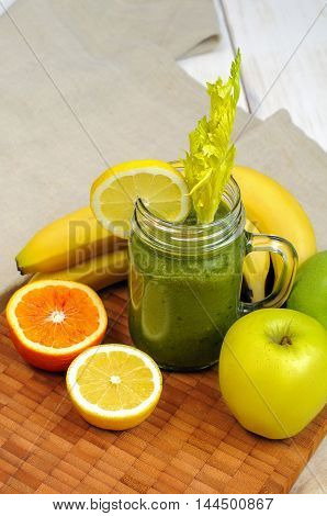 Apple Banana Green Smoothie With Celery