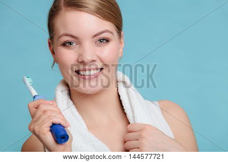 Young Girl Brushing Oral Cavity.