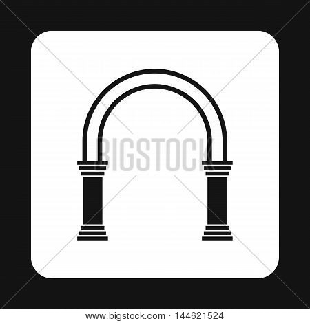 Classic arch icon in simple style isolated on white background. Construction symbol