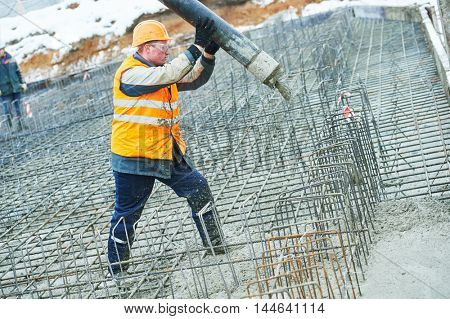 construction worker concreter