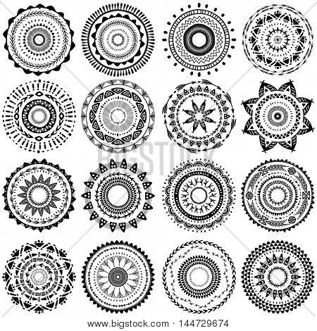 Set of round ornament pattern