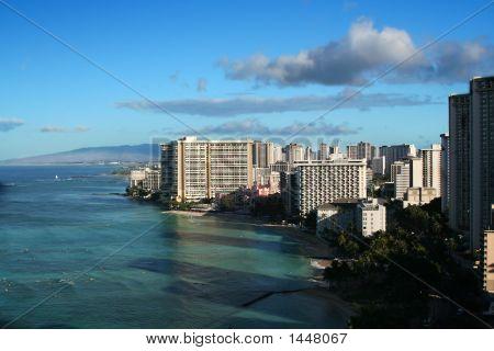 Honolulu Hawaii Waikiki skyline