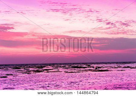 Bright Horizon Darkening Heavens
