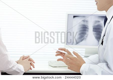 Doctor who analyzes X rays