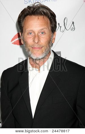 LOS ANGELES - OCT 17:  Steven Weber arriving at the  LES GIRLS 11th Annual Cabaret at the Avalon on October 17, 2011 in Los Angeles, CA
