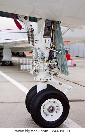front landing gear light aircraft