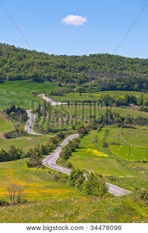 toskanische Ansicht mit lokalen Kurve road