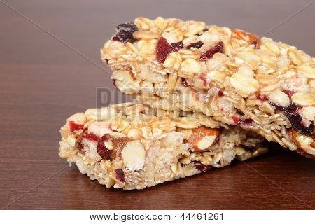macro fruit nut granola bar shallow DOF