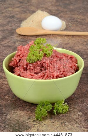 ground beef with parsley