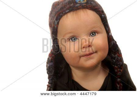 Menina de chapéu