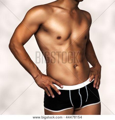 Modelo masculino ropa interior sexy