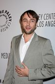 LOS ANGELES - OCT 22:  Vincent Kartheiser arrives at  the Paley Center for Media Annual Los Angeles