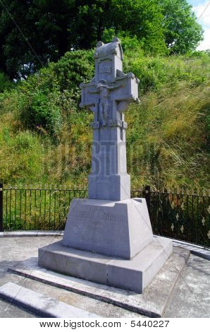 Memorial To Michael Collins