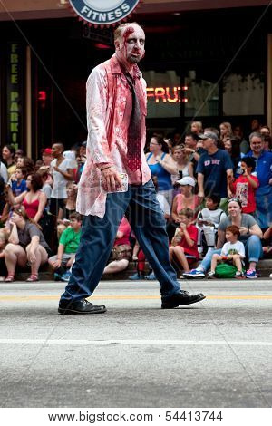 Bloody Zombie Doctor Walks In Atlanta Dragon Con Parade