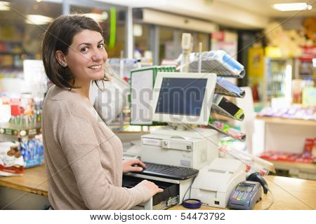 Happy Cashier