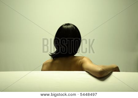 Belo retrato da arte de menina elegante