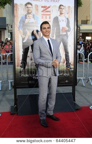 LOS ANGELES - APR 28:  Dave Franco at the