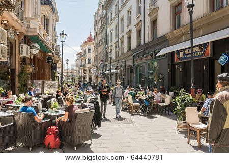 People Relax In Downtown Bucharest City