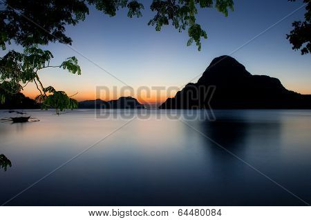 Sunset on a tropical island  El Nido  Philippines