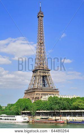 Eiffel tower (paris)
