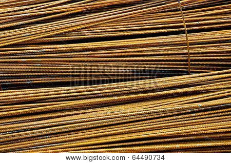 Assembly of metal armoring steel rods