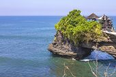 foto of tanah  - The Tanah Lot Temple - JPG