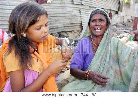 Armut woes
