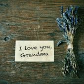 picture of grandma  - a bunch of lavender flowers and a note with the text I love you - JPG
