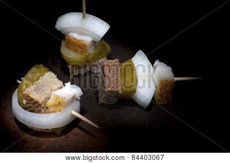 Canapes With Lard, Light Brush