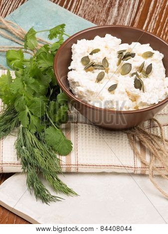 Cottage Cheese With Pumpkin Seeds
