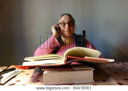 Lady Reading